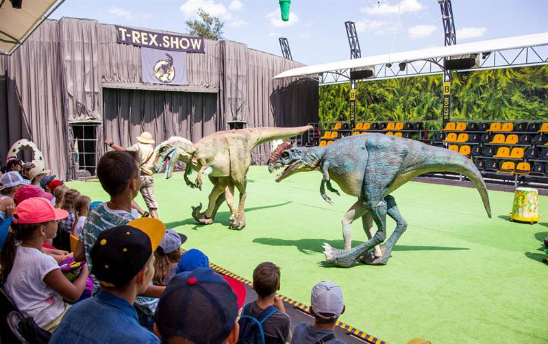 Шоу живых динозавров Анапа фото