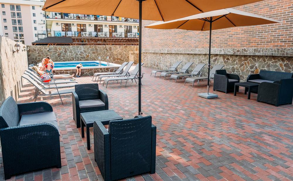 f5813f65d9723 Отель «Brown» (Браун) в Анапе район Джемете, фото, отзывы, цены 2019