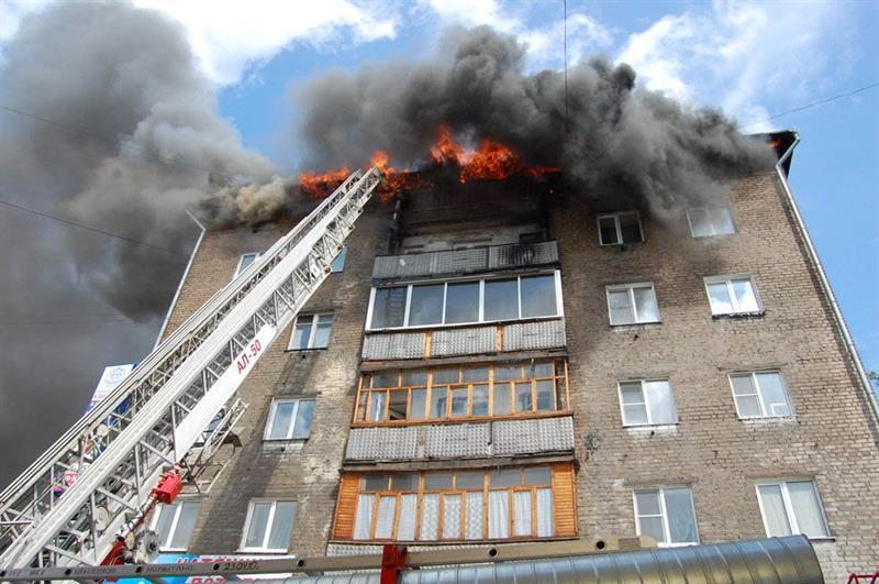 Пожар в высотном здании